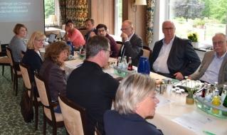 Vorstand beschließt zwei neue Projekte für die Region
